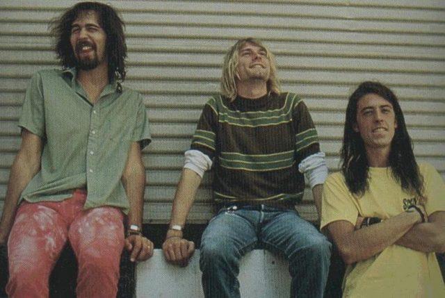 Nirvana - Smells Like Teen Spirit: перевод песни